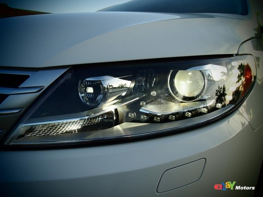 Dynamic headlight adjustment with Front Adaptive Lighting System (FRS)
