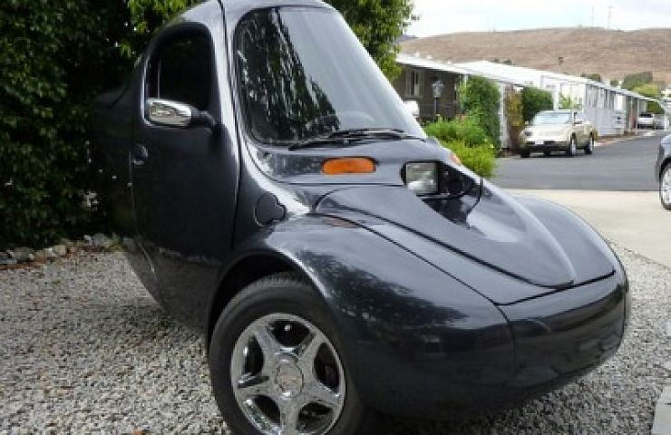 The Corbin Sparrow Is A Single Penger Three Wheeled Pure Electric People Mover Only 300 Of These Wonderfully Funky Vehicles Were Produced