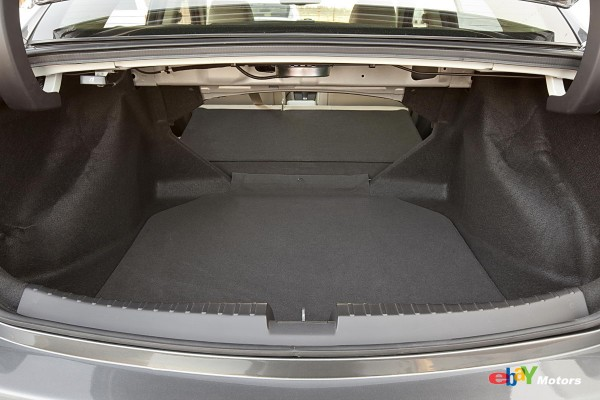 2013 Acura ILX trunk space