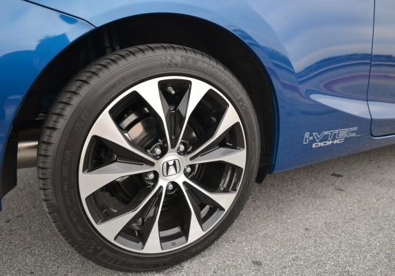 17 inch aluminum alloy wheels 17 inch aluminum alloy wheels 2013 honda civic si sunroof