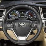 2014 Toyota Highlander Hybrid steering wheel controls