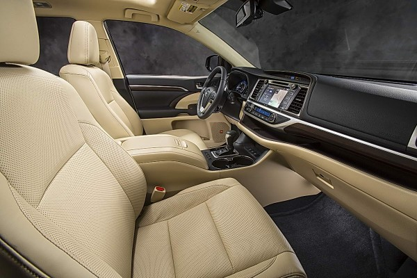 2014 Toyota Highlander Limited Platinum Interior