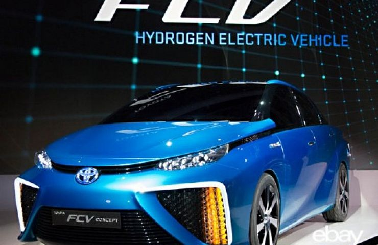 Air In Water Out Toyota Near Ready With Fuel Cell Car