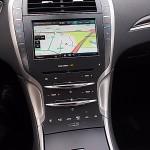 2014 Lincoln MKZ Hybrid center console stack