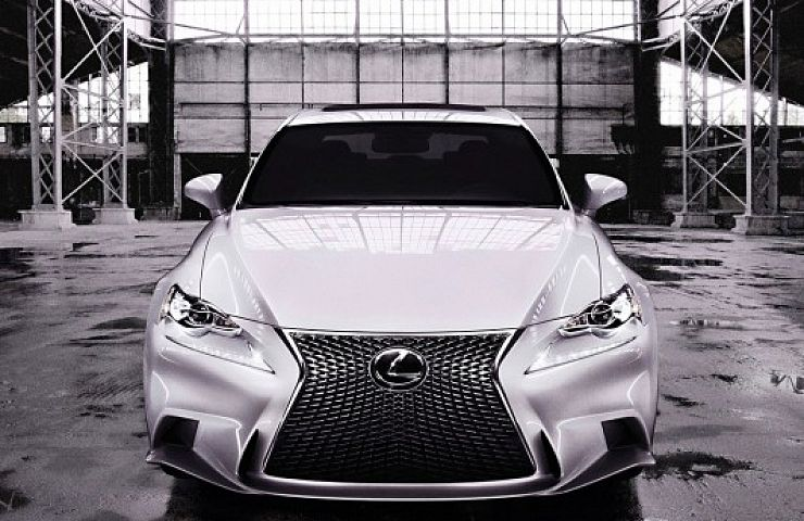 Review: 2015 Lexus IS 350 F Sport AWD