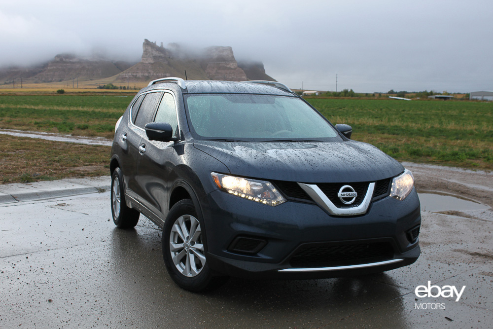top the out pathfinder nissan range of seater blacked car suv price