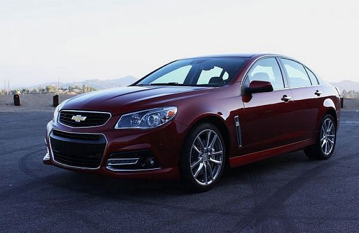 Chevrolet Ss The Only American Sedan With Manual Gearbox