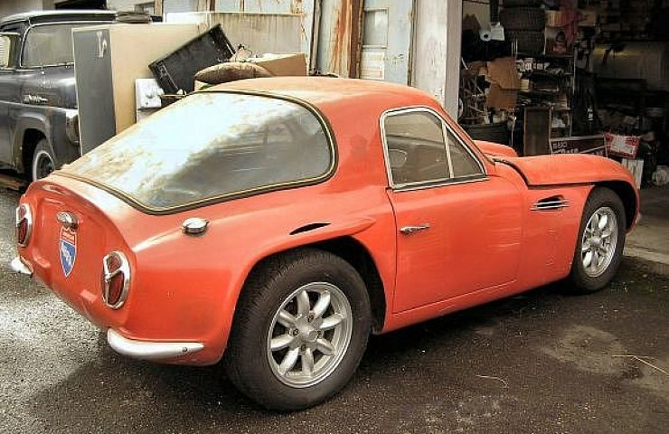 forgotten cobra competitor the 1966 tvr griffith series 400 ebay motors blog. Black Bedroom Furniture Sets. Home Design Ideas