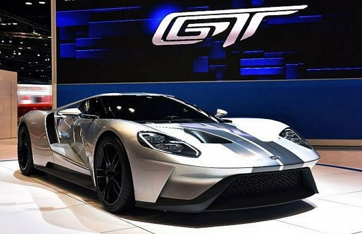 One Of The Centerpieces Of This Years Detroit Auto Show Which Opens Next Week Is The All New Production Version Of Fords Supercar The Gt