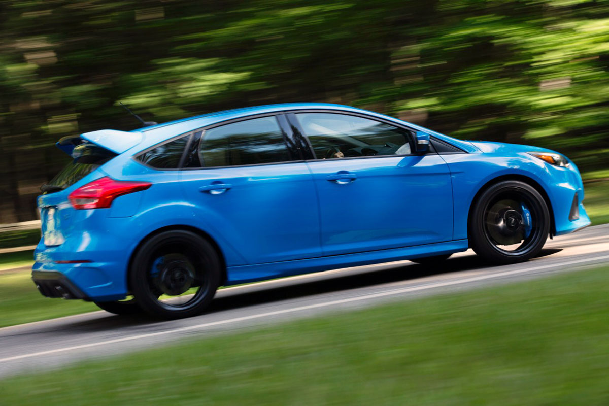 Ford Focus Rs Offers Industry S First Drift Mode Ebay Motors Blog