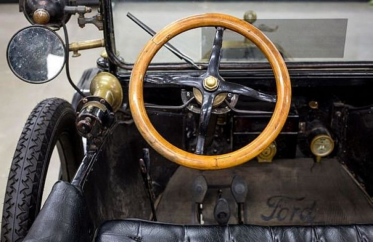 the model t was a harbinger of today 39 s high tech cars ebay motors blog. Black Bedroom Furniture Sets. Home Design Ideas