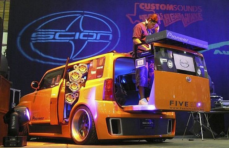 Six Outrageously Pumped Up Dj Cars Ebay Motors Blog