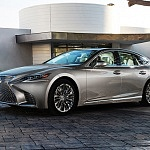 New Lexus Twin-Turbo V-6 Engine Uses F1 Technology to Rival V-8 Performance