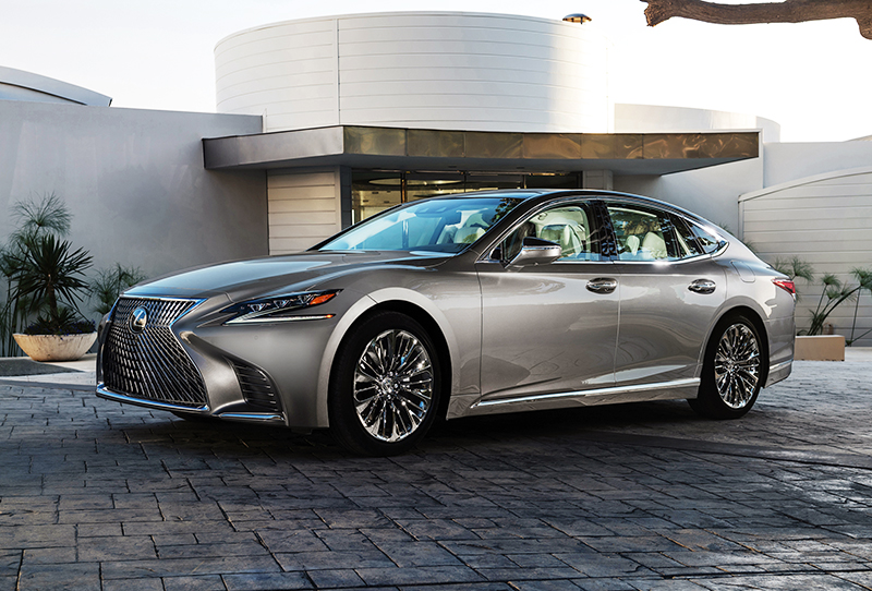 New Lexus Twin-Turbo V-6 Engine Uses F1 Technology to Rival V-8