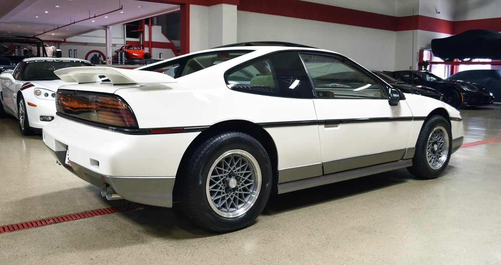 Looking at Cheap Fast Cars? Consider the 1987 Pontiac Fiero GT