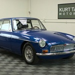 A 1969 MGB GT Shows the Right Way to Mix Vintage Parts